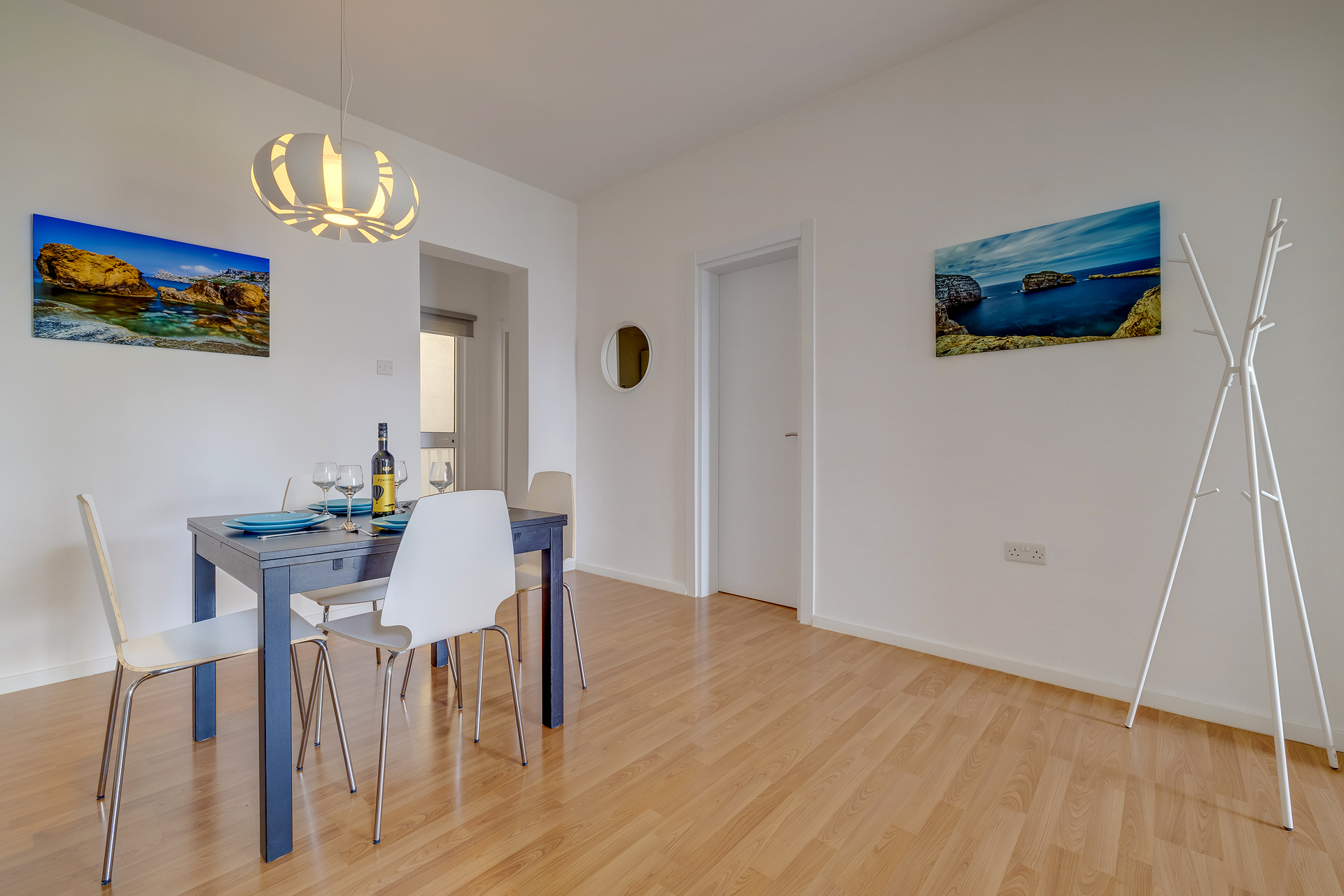 Modern 2 Bedroom Seaview Apartment - Buena Vista Holidays